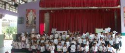 ครูใหญ่ครูอ้อน จิตอาสา มาสอนศิลป์ ครั้งที่4 ในวันสิ่งแวดล้อมโลก 5มิถุนายน2556 ของทุกปี เด็กๆ 70 คน ร.ร.อนุบาลปะทิว(บ้านบางสนพิพิธราษฎร์บำรุง)